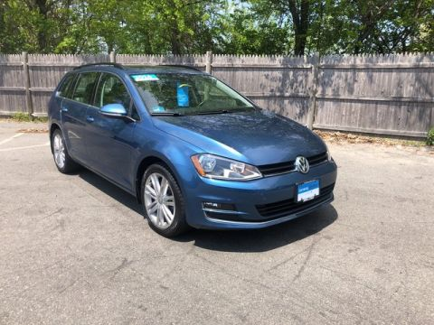 Certified Pre-Owned 2015 Volkswagen Golf SportWagen TDI SE