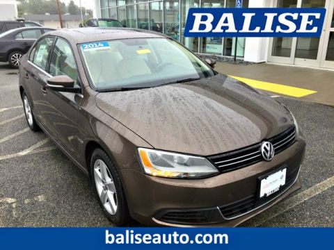 Certified Pre-Owned 2014 Volkswagen Jetta Sedan TDI w/Premium